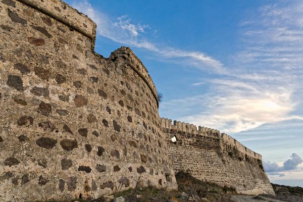 Mauern des Antimáchia Kastells