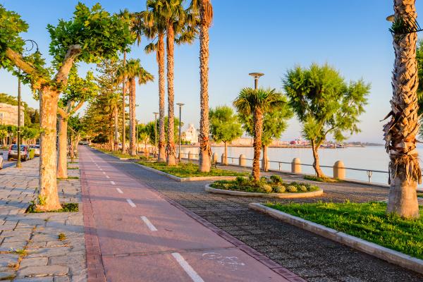 Promenade in Kos-Stadt mit Fahrradweg daneben